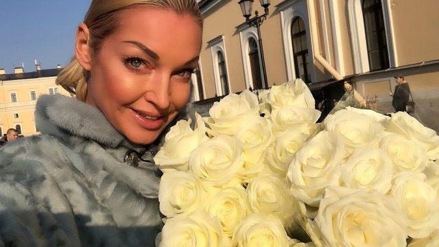 «Мой мужчина спит с ней»: любовник Анастасии Волочковой оказался несвободен