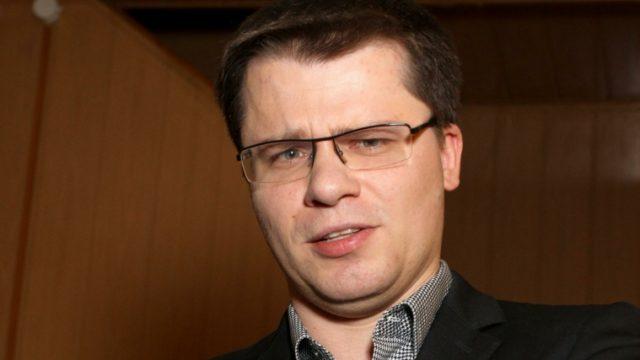 Гарик Харламов прокомментировал слухи об измене Кристины Асмус