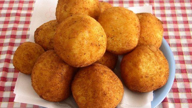 Жареные шарики из сыра