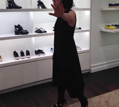 Стиль одежды дочери Ларисы Гузеевой вызвал нарекания у интернет-комментаторов
