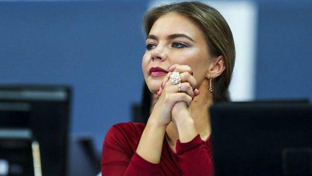 Алина Кабаева в прозрачном платье восхитила итальянцев