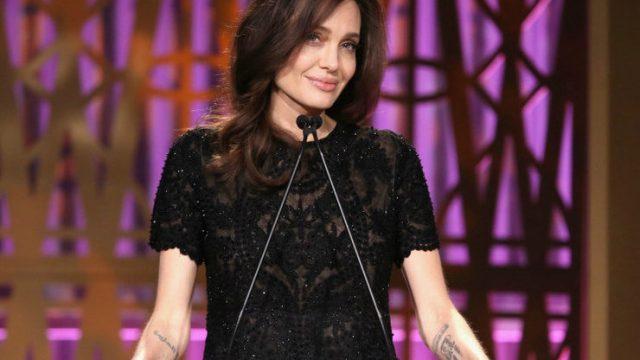 По слухам, Анджелина Джоли весит меньше дочери