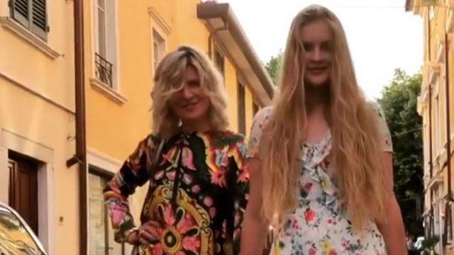 56-летняя жена Малинина выглядит ровесницей 17-летней дочери